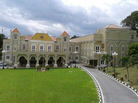 istana-maziah